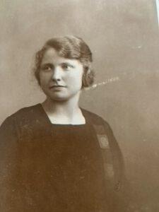 Oma Erna Hooghiemstra